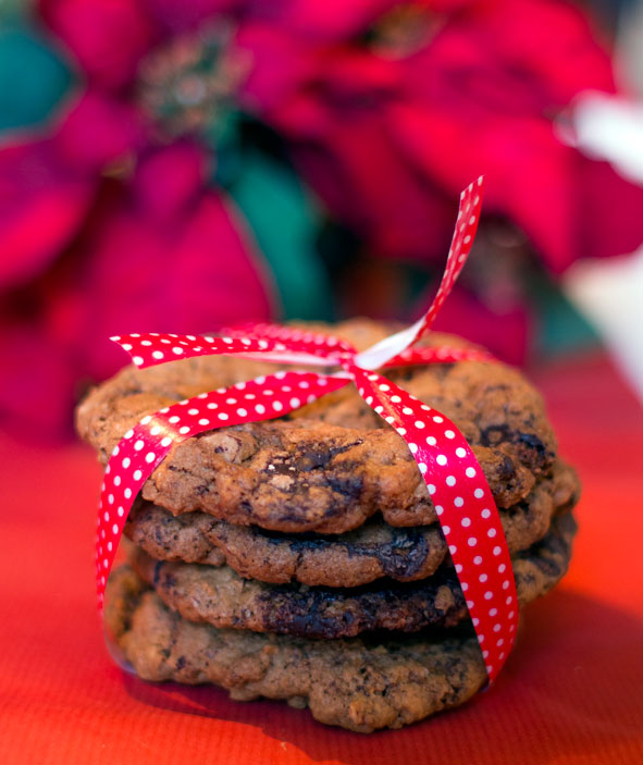 Cookies med nøtter, appelsin og sjokolade
